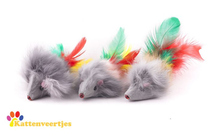 Drie fluffy muizen met verenstaart