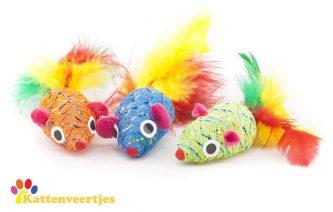Gekleurde speelgoedmuisjes met glitter en verenstaart